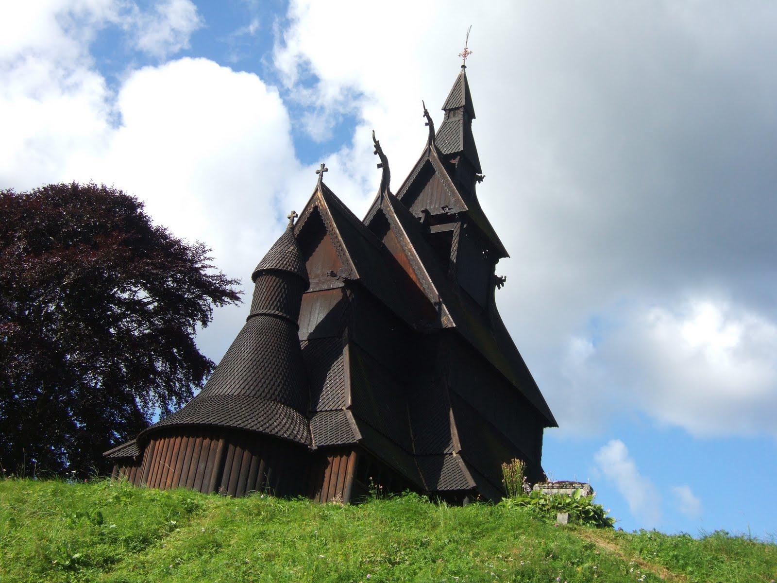Eglises en bois debout de Norvège - Stavkirke