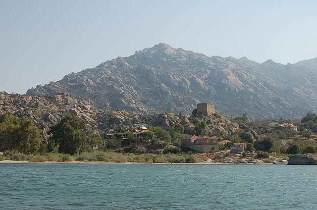 Lac Bafa et nécropole d'Héraklée