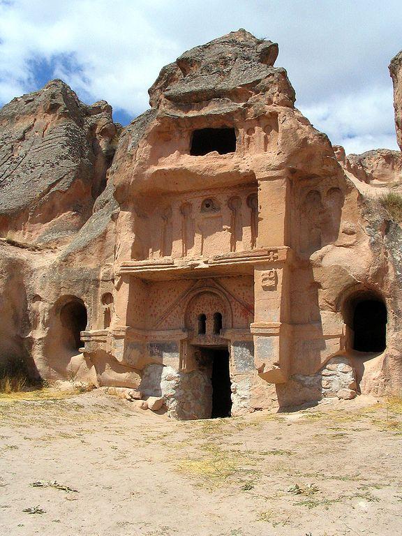 Açık saray près de Gülşehir